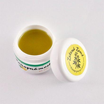 Zelená Země Konopná masť s nechtíkom na kožu 12 ml