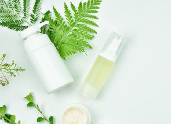 Přírodní kosmetika z léčebného konopí, zdroj: pixabay