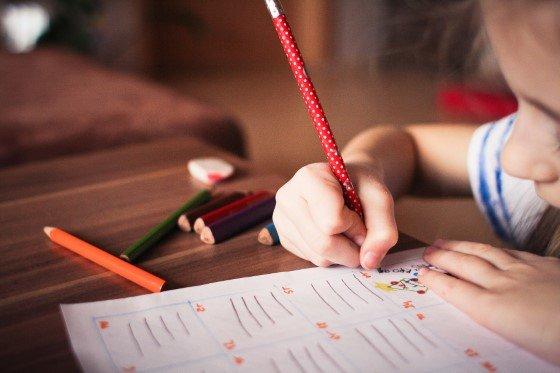 děti a pomoc při autismu, přírodní léčba autismu, doplňky stravy pro autismus, jak léčit autismus