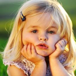 Dvouletou holčičku zachránilo léčebné konopí