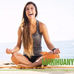 6 Spôsobov, ako prepojiť Yogu s Liečebným Kanabisom