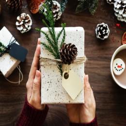 Nejlepší vánoční dárky? Konopná kosmetika a CBD oleje pro zdraví vašich blízkých