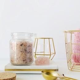 CBD květy & pečující kosmetika: Koupelová sůl