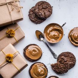 Vánoční čokoládové CBD cookies